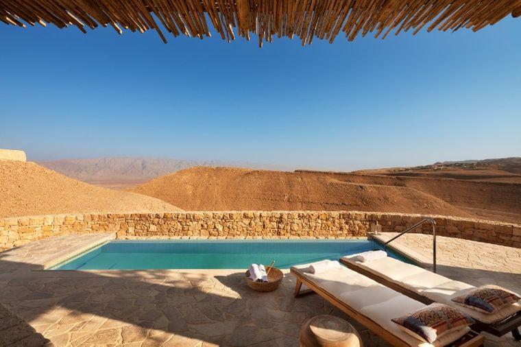 hoteles con encanto piscina seis sentidos