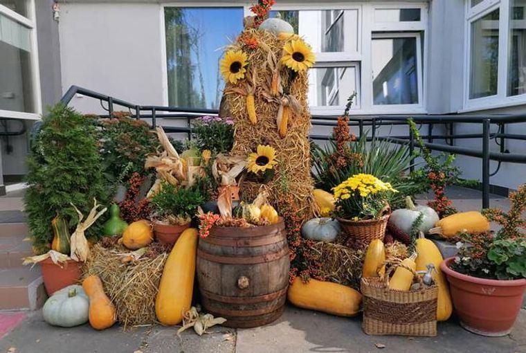 la tradición decoracion exterior otoño