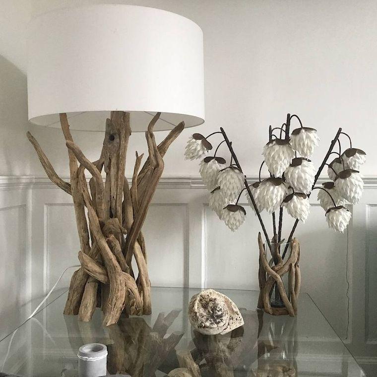 lámparas de mesa con ramas