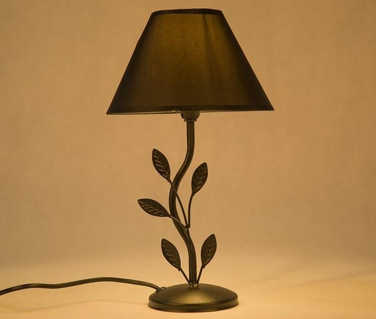 lámparas de mesa hojas