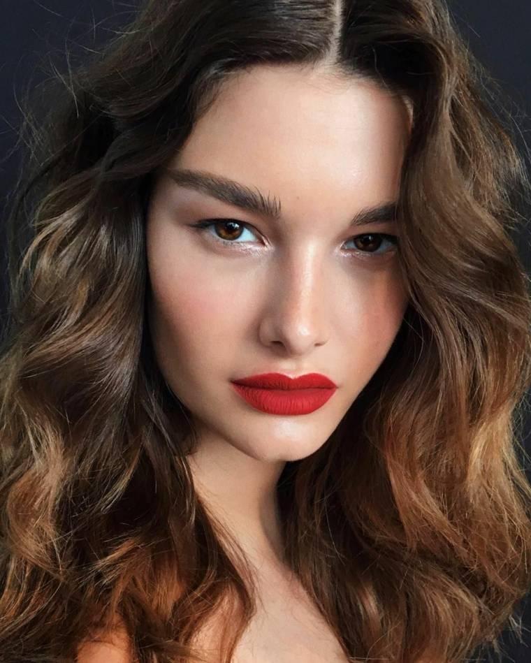 maquillaje de día-noche-ojos-marrones-estilo
