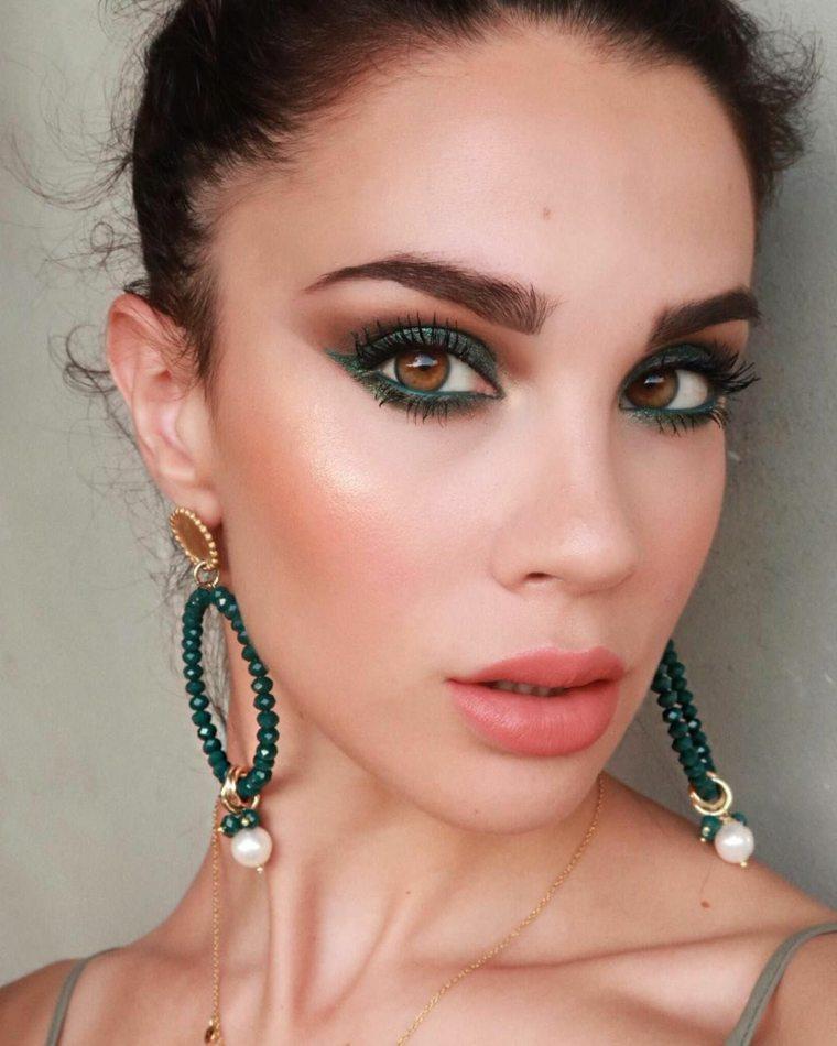 mujer-maquillaje-estilo-chicas