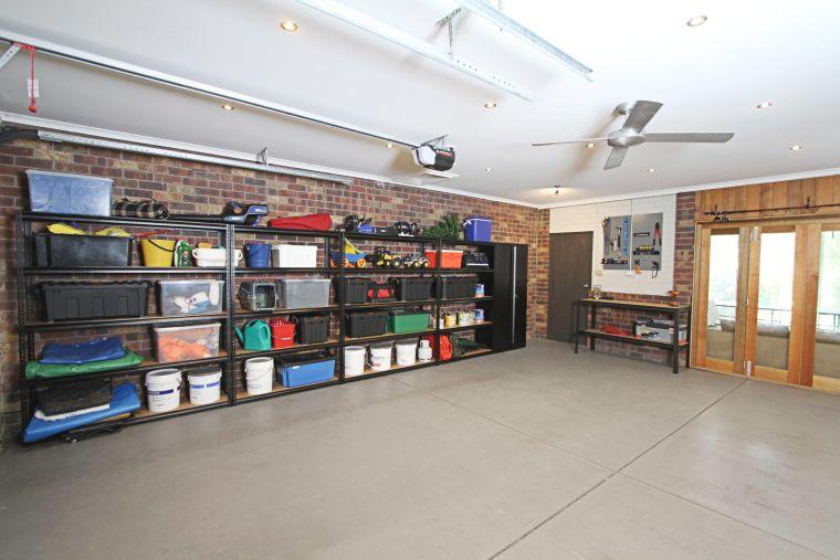 organize garage-invert-shelving