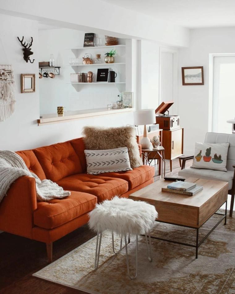 salon-estilo-escandinavo-sofa-color-naranja