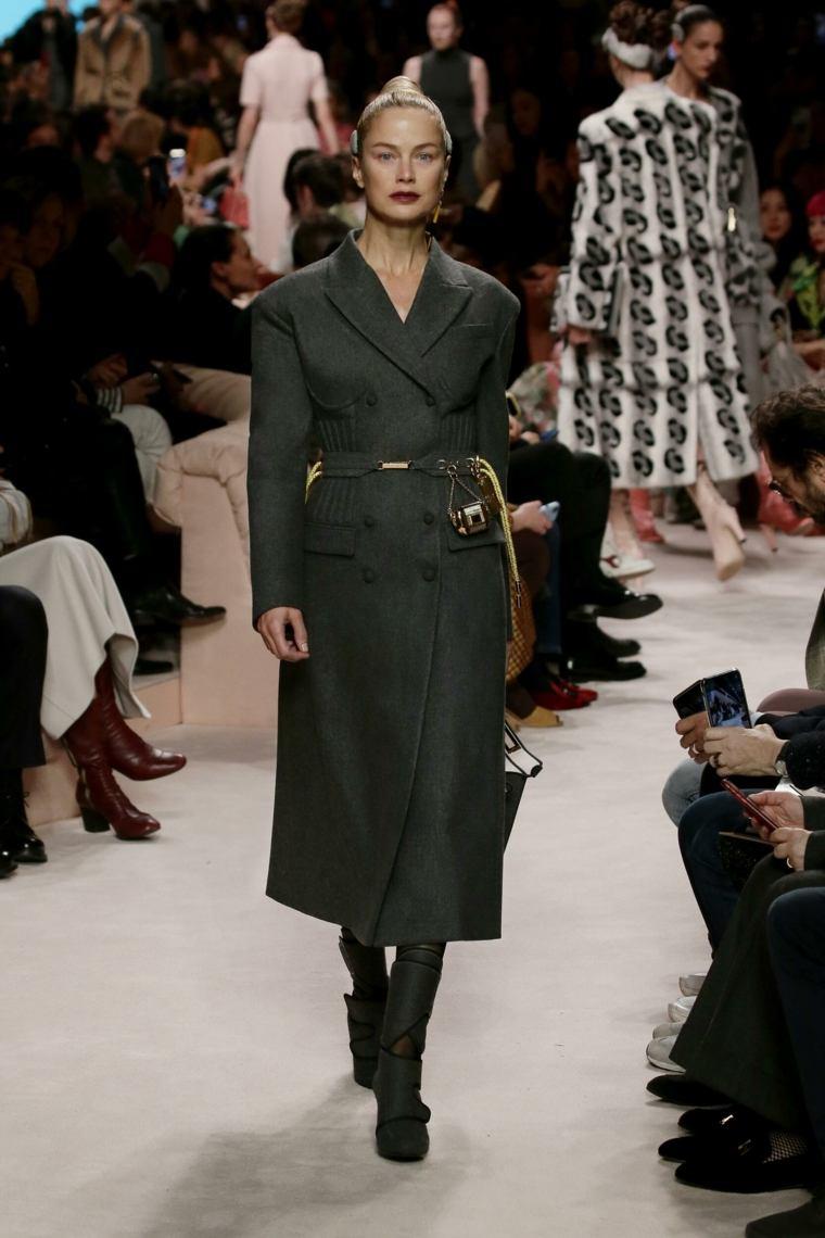 abrigo-largo-fendi