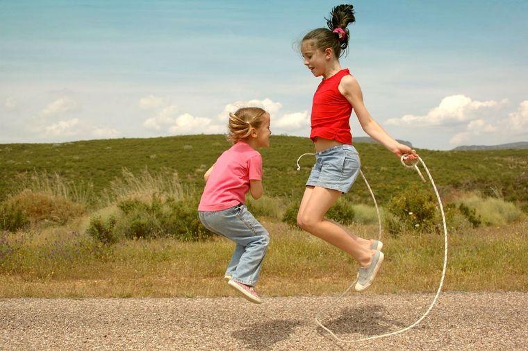 actividades de aventura saltar cuerda