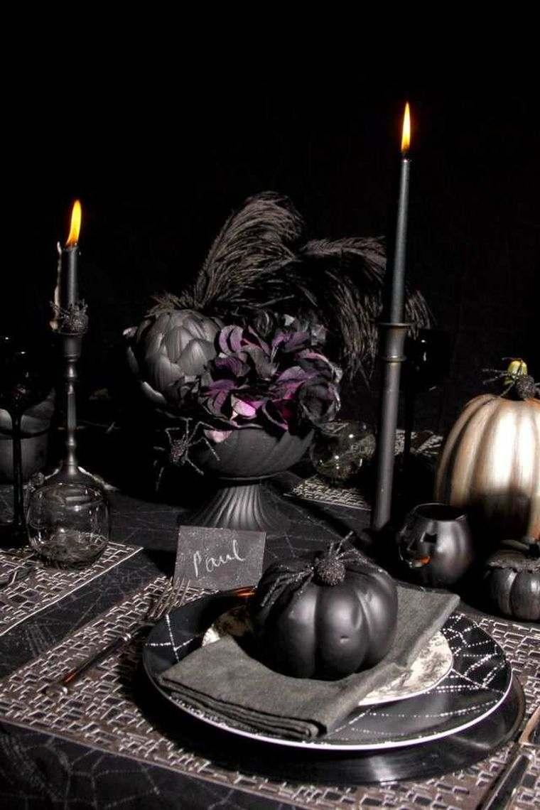 calabazas-negras-mesa-halloween-decoracion