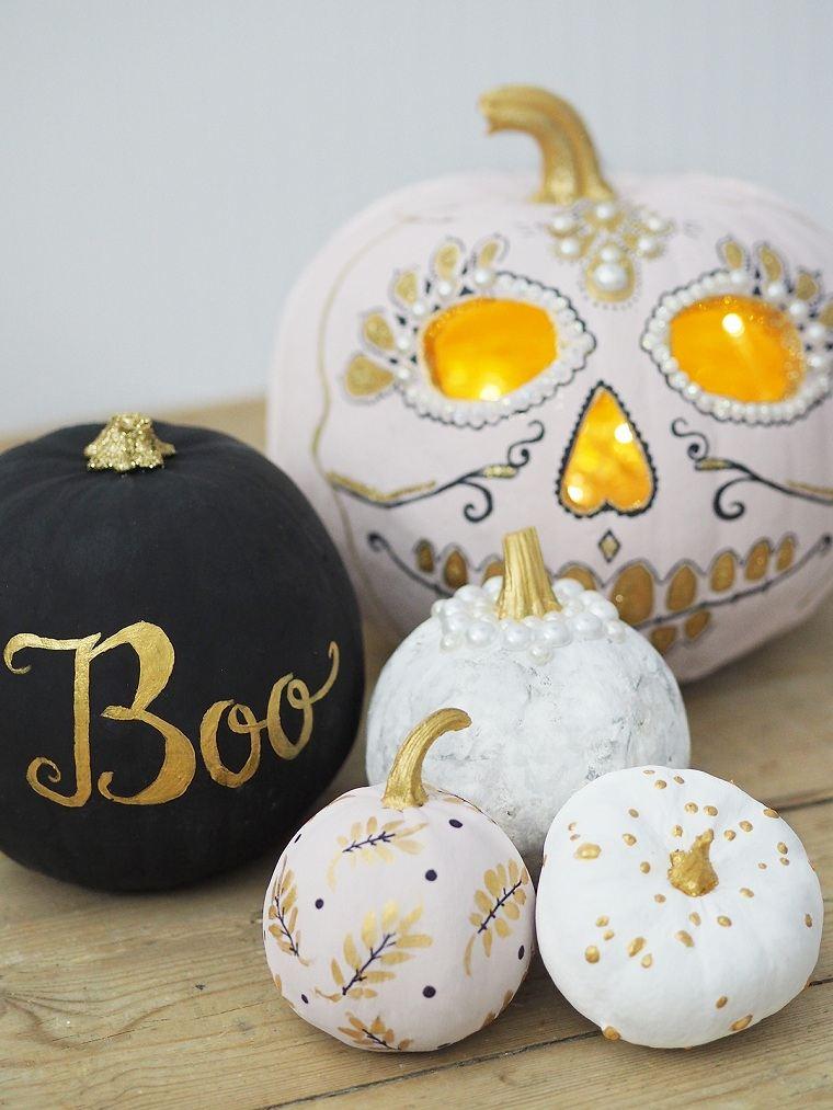 calabazas-pintadas-halloween-blanco-negro