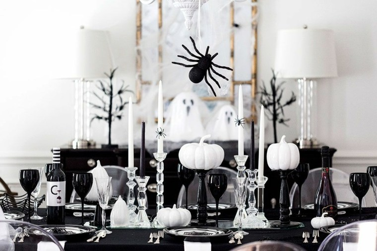 decorar-mesa-halloween-blanco-negro