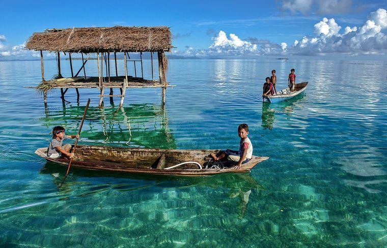 la tribu bajau vida en el mar
