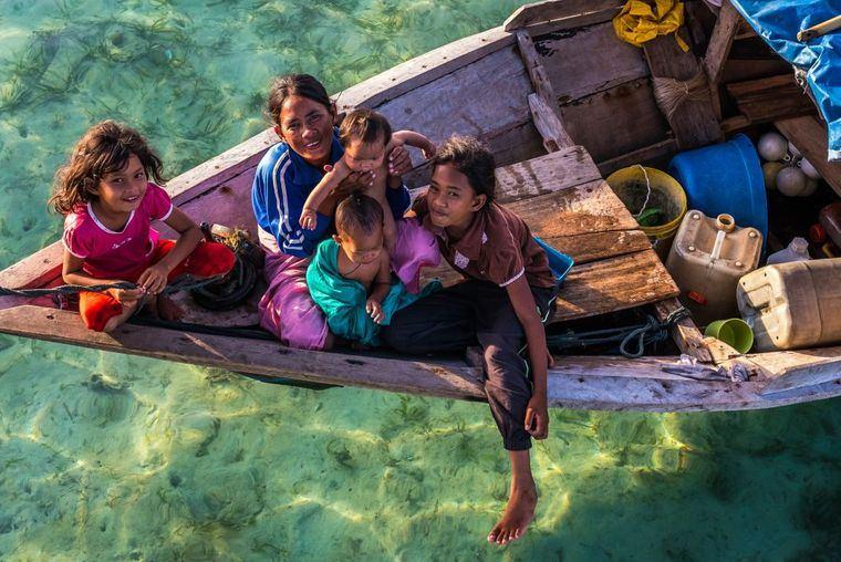la tribu nomadas del mar