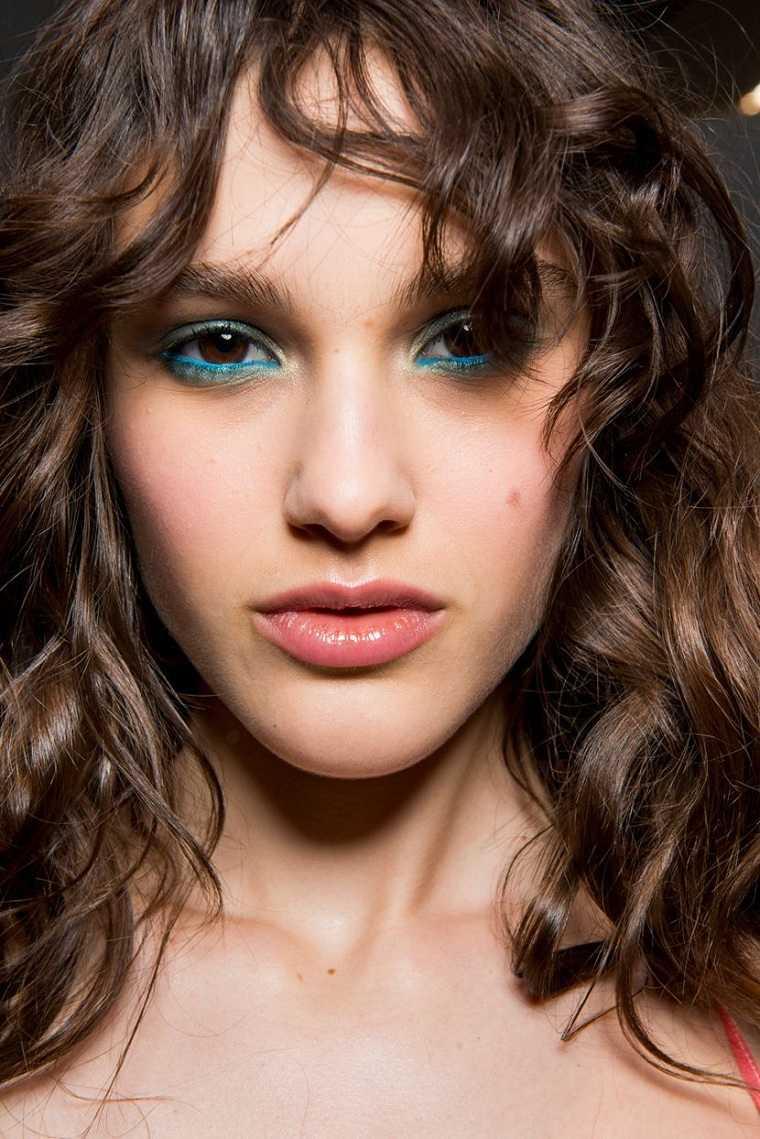 maquillaje-color-azul-estilo-ideas