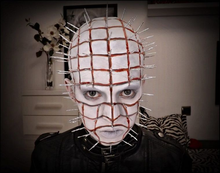 maquillaje para hombre cara alfiler