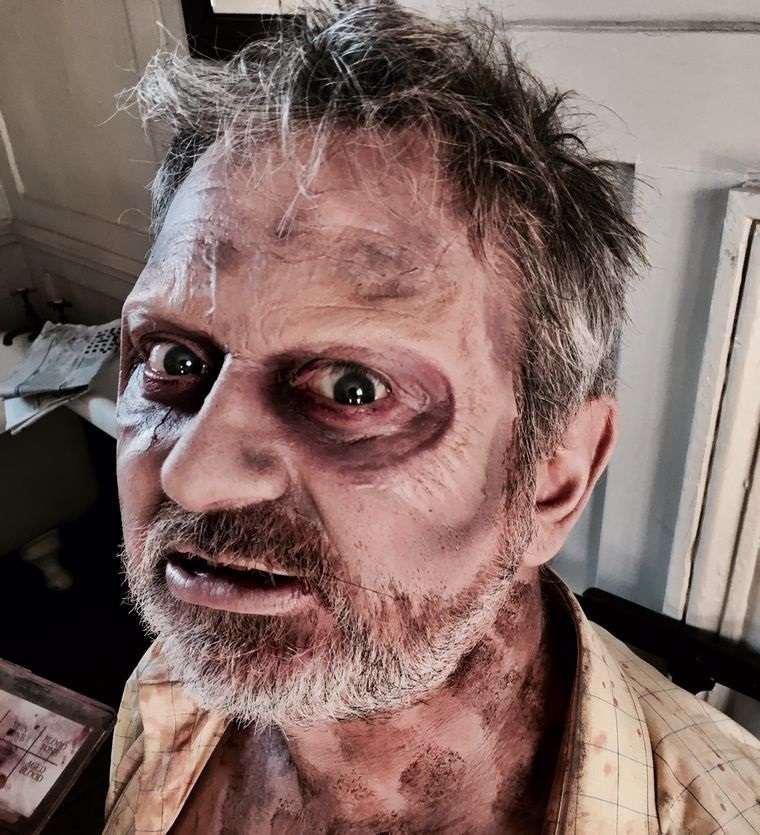 maquillaje para hombre viejo zombi