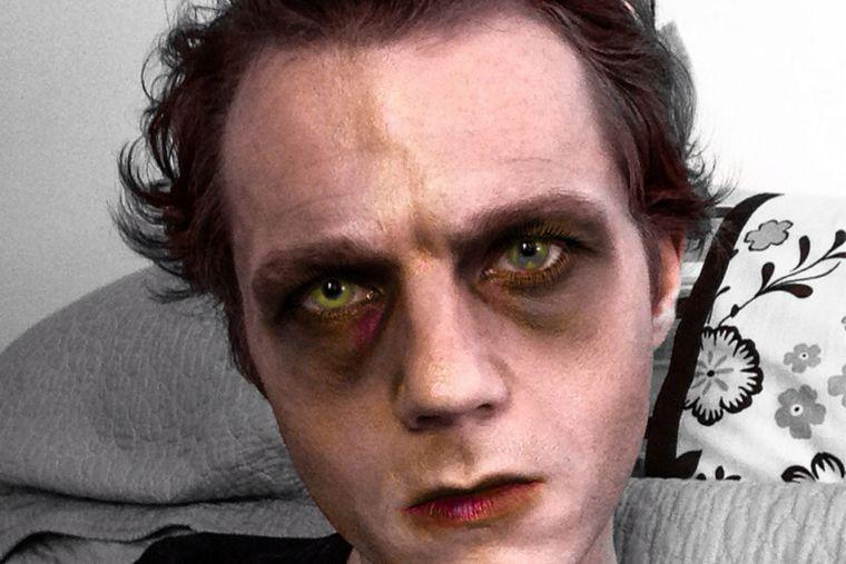 maquillaje para hombre zombi