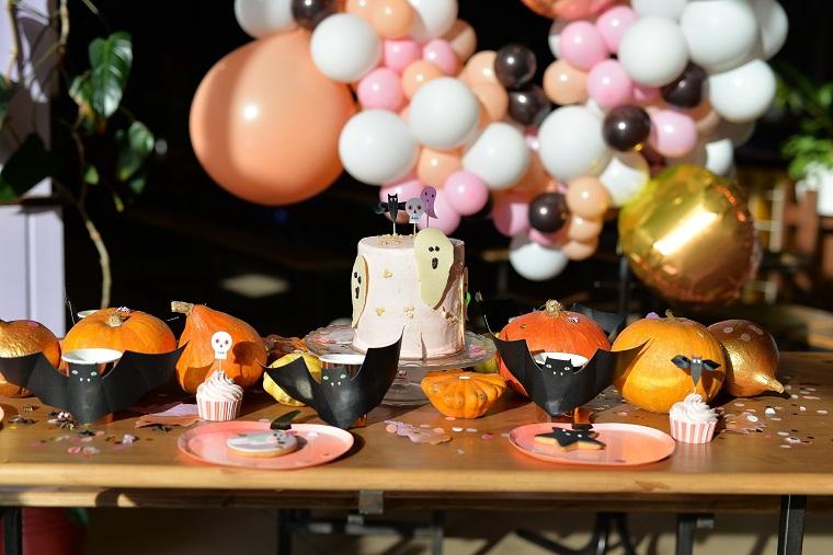 mesa-decoracion-fiesta-murcielagos