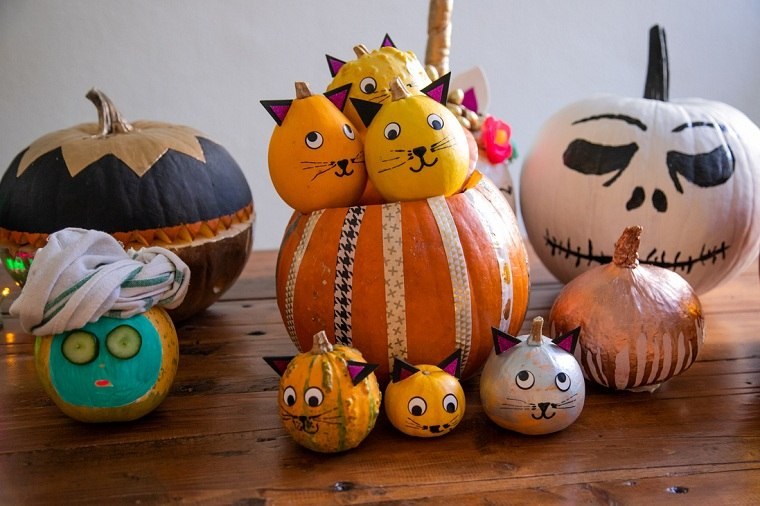 mesa-decorada-calabazas halloween