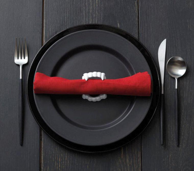 mesa halloween-decorar-plato