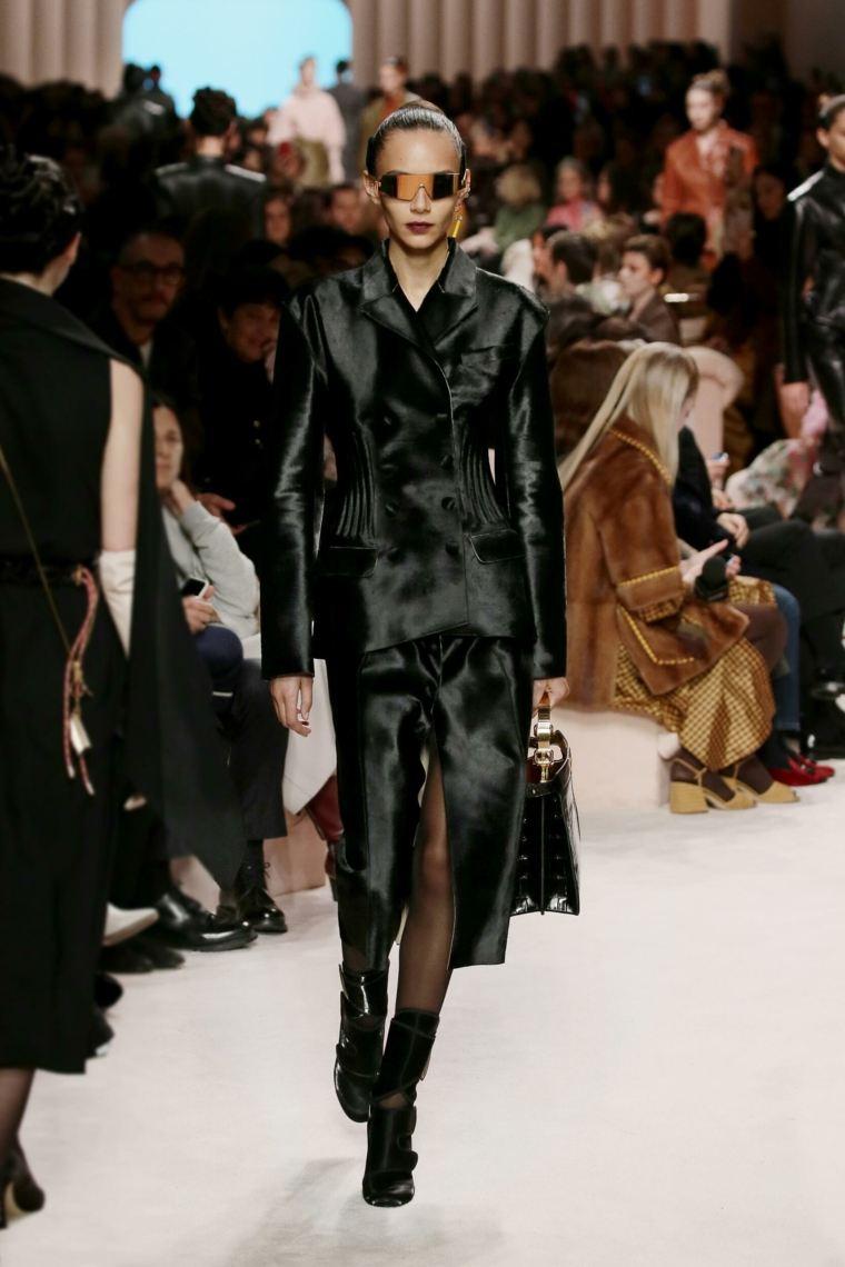 mujer-moda-ropa-Fendi