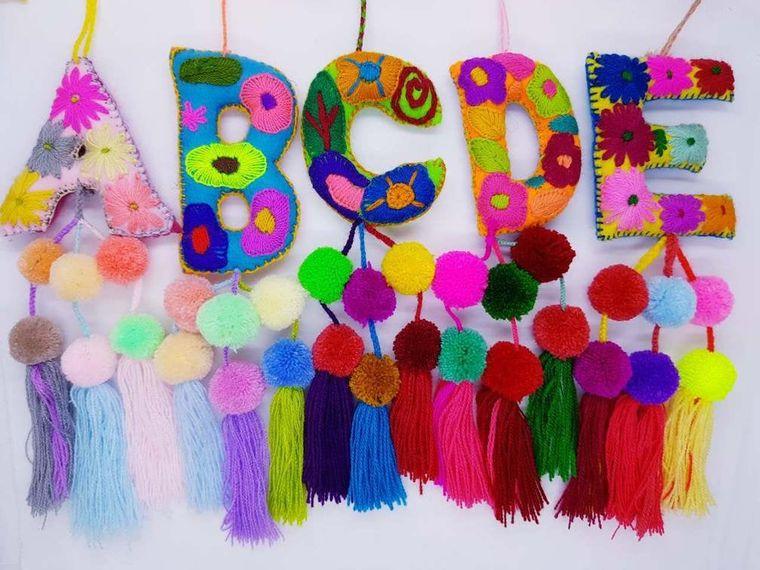 pompones coloridos