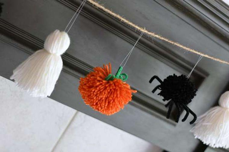pompones decorar halloween