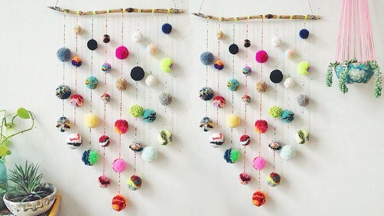 pompones en pared