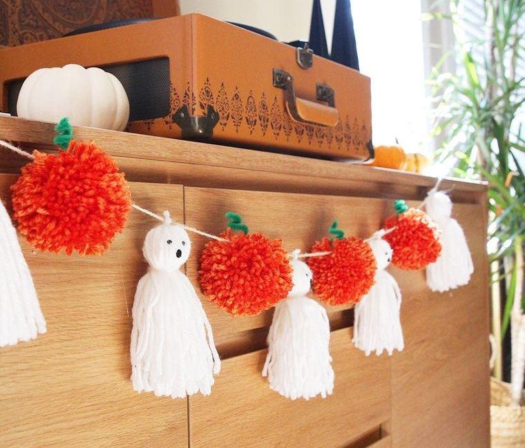 pompones halloween