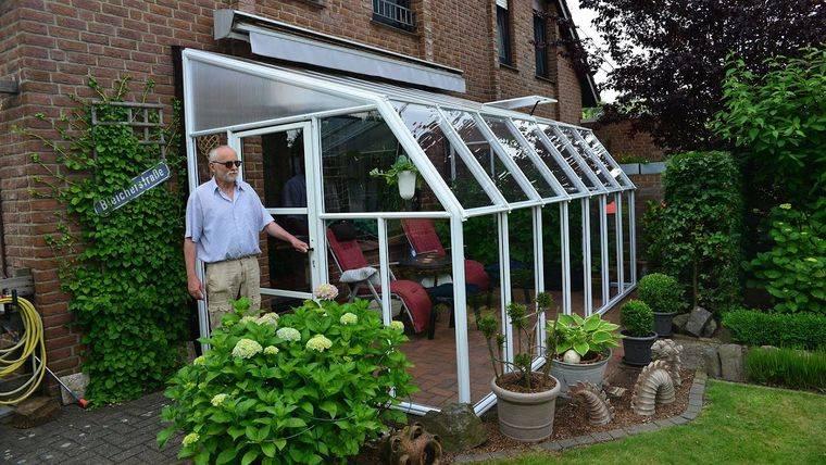 solarium in small garden