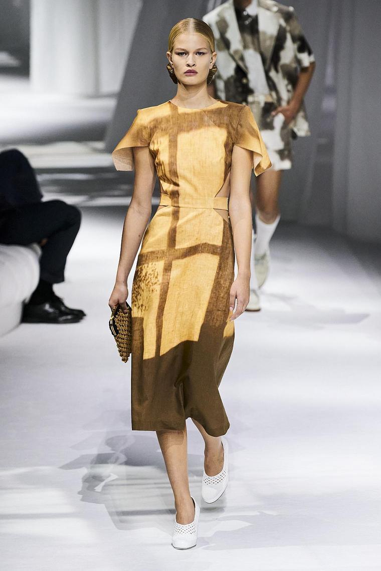 vestido-fendi-diseni-moda-ideas