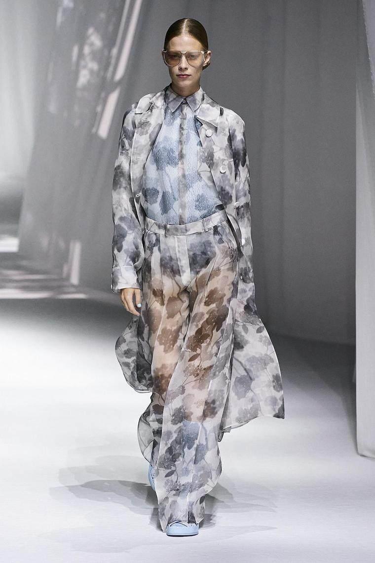 vestido-largo-transparente-dendi-moda-ideas-originales