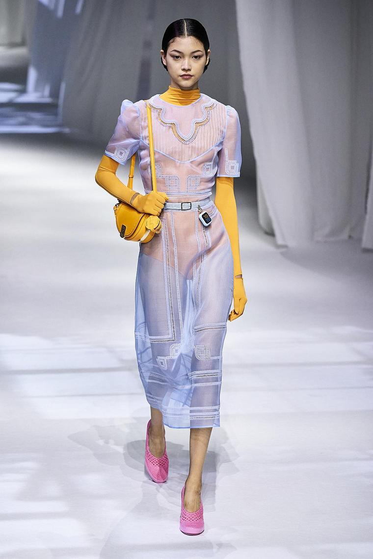 vestido-transparente-ideas-diseno-fendi