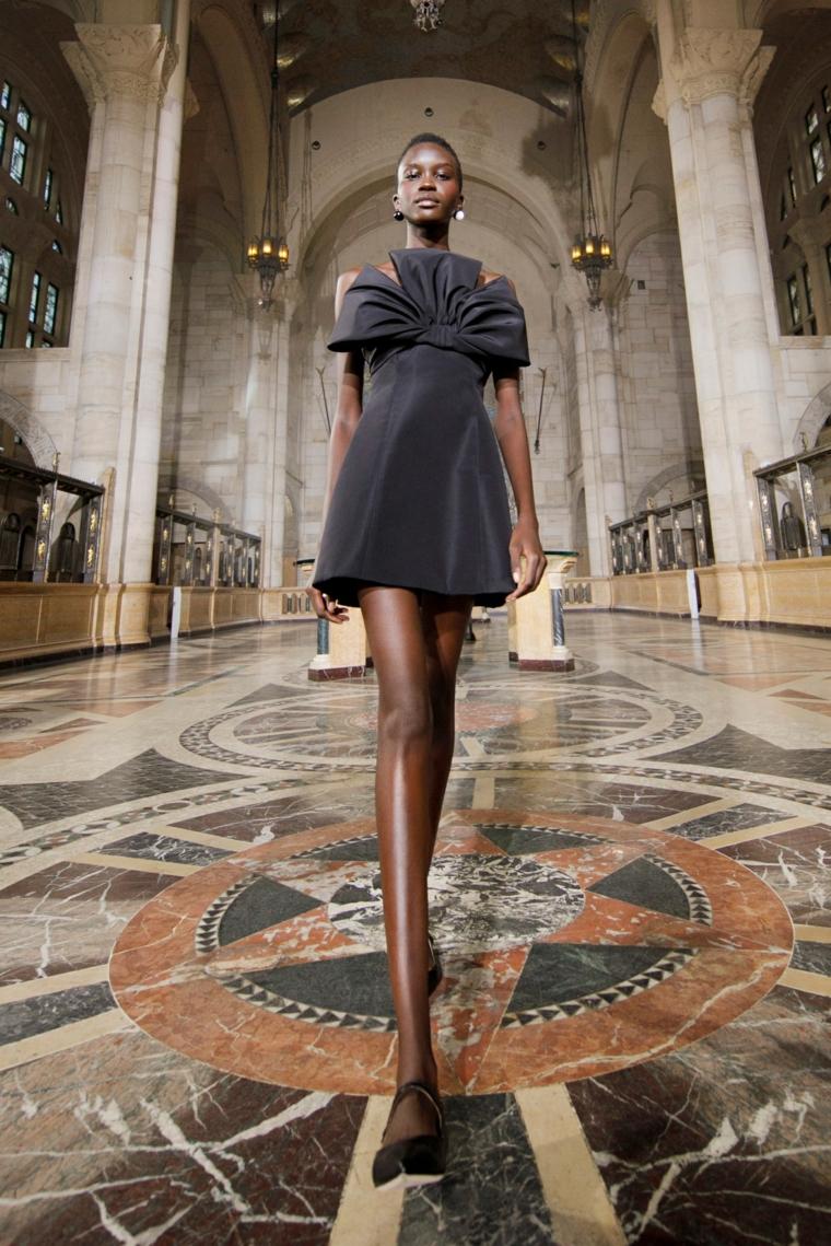 Carolina-Herrera-Vestido-negro-ideas