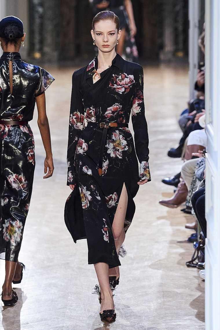Diseño floral-motivos-florales-vestido-Altuzarra-2020-ideas