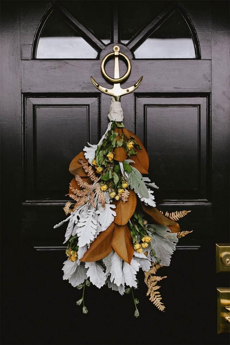 corona-puerta-casa-moderna