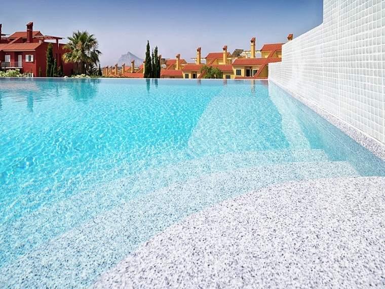 Cuidado de piscinas – Consejos y soluiciones útiles
