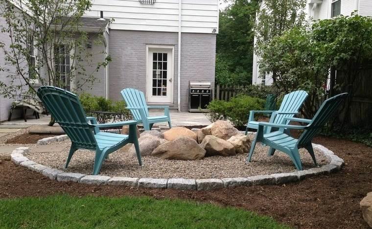 decoración rústica patio pequeño