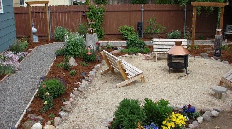 decoración rústica patio sencillo