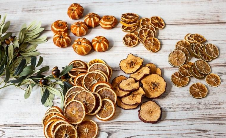decorar-la-puerta-de-entrada-corona-frutos-consejos