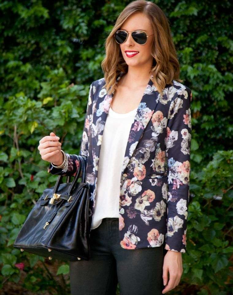 diseño floral blazer