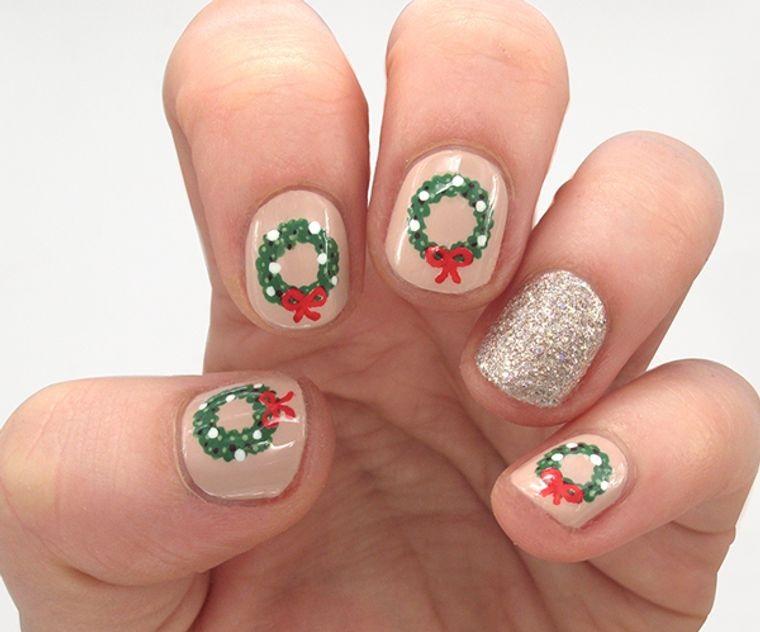 diseños de uñas navideñas corona