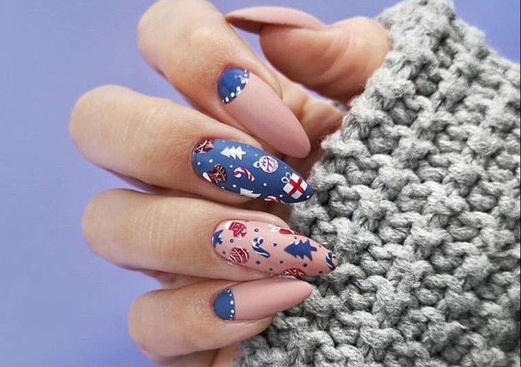 diseños de uñas navideñas creativos