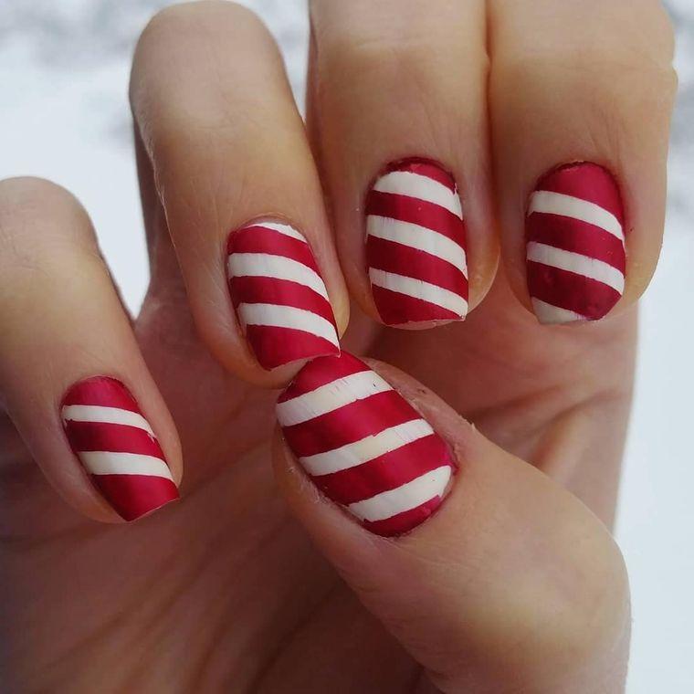 diseños de uñas navideñas lineas caramelo
