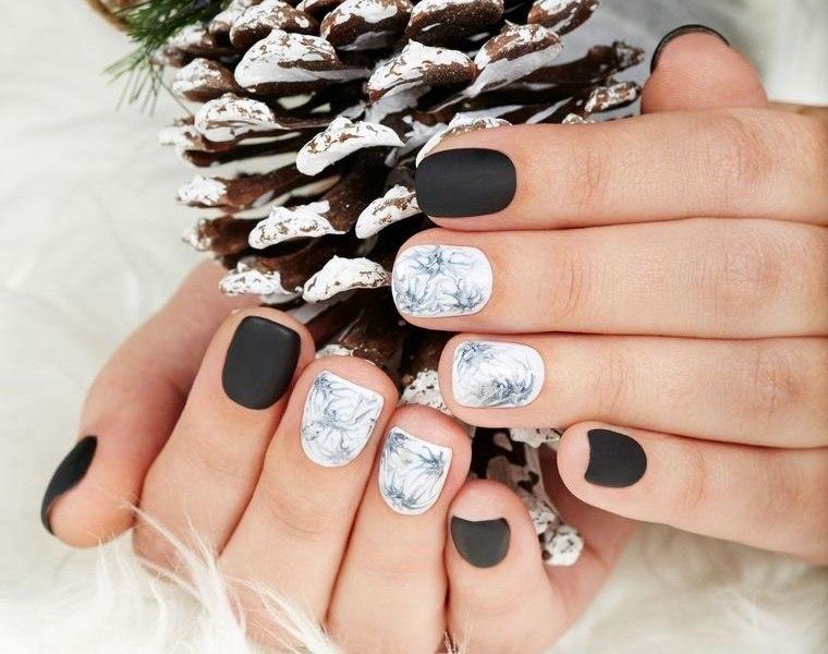 diseños de uñas navideñas marmol