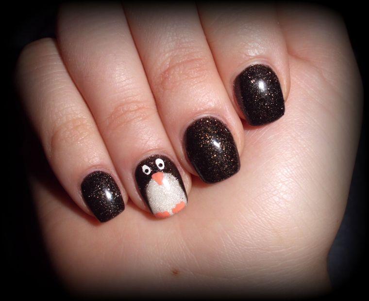 diseños de uñas navideñas pinguinos