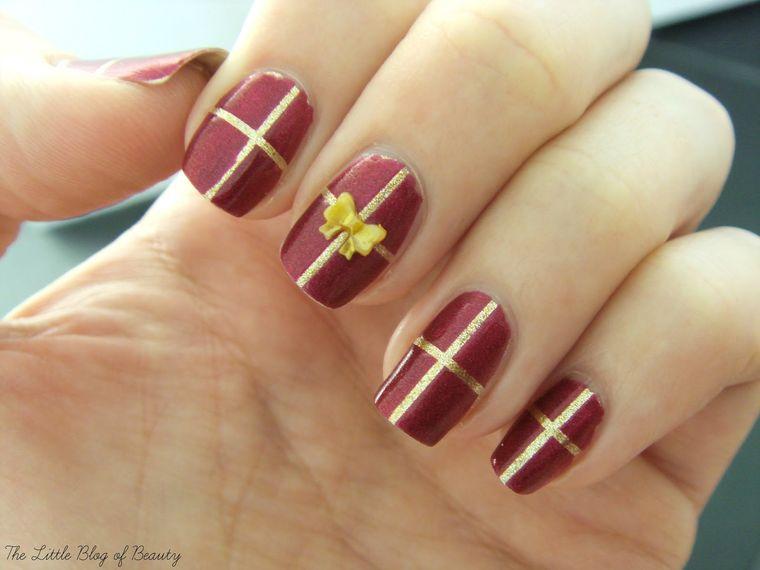 diseños de uñas navideñas regalo