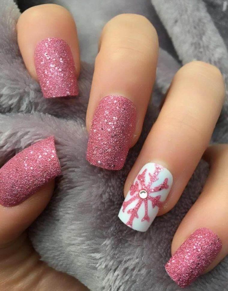 diseños de uñas navideñas rosa