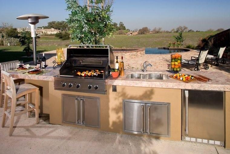 la cocina exterior color claro