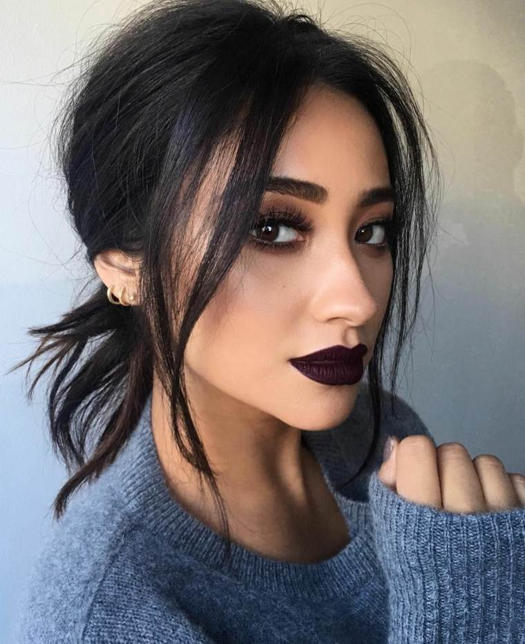 maquillaje-de-nochevieja-2020-color-oscuro