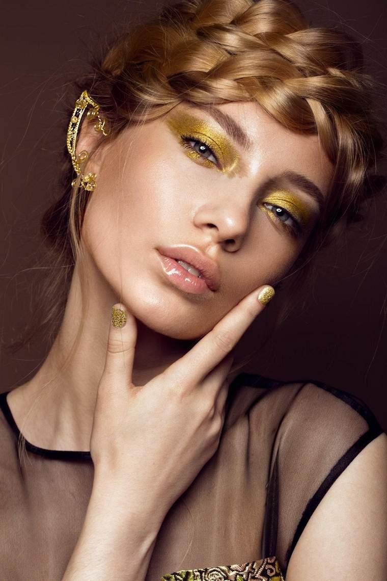 maquillaje-dorado-opciones-2020