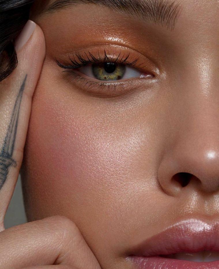 maquillaje-nochevieja-brillo-colores-vivos